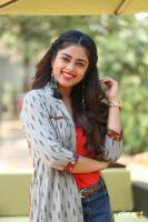 Siddhi Idnani Interview Photos (23)