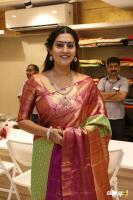 AA Guru Silks Launch (6)