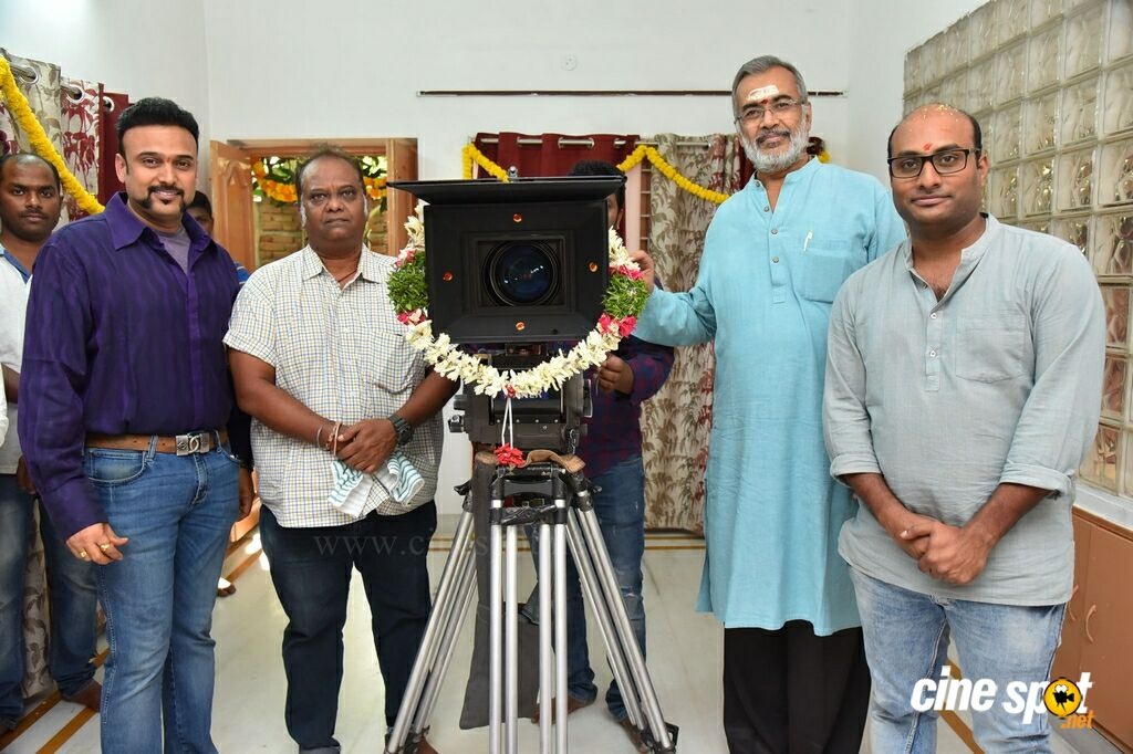 Sai Sushanth And Chandini And Simran New Movie Opening (25)