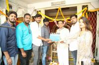 Gurthukosthunnayi New Movie Opening (10)