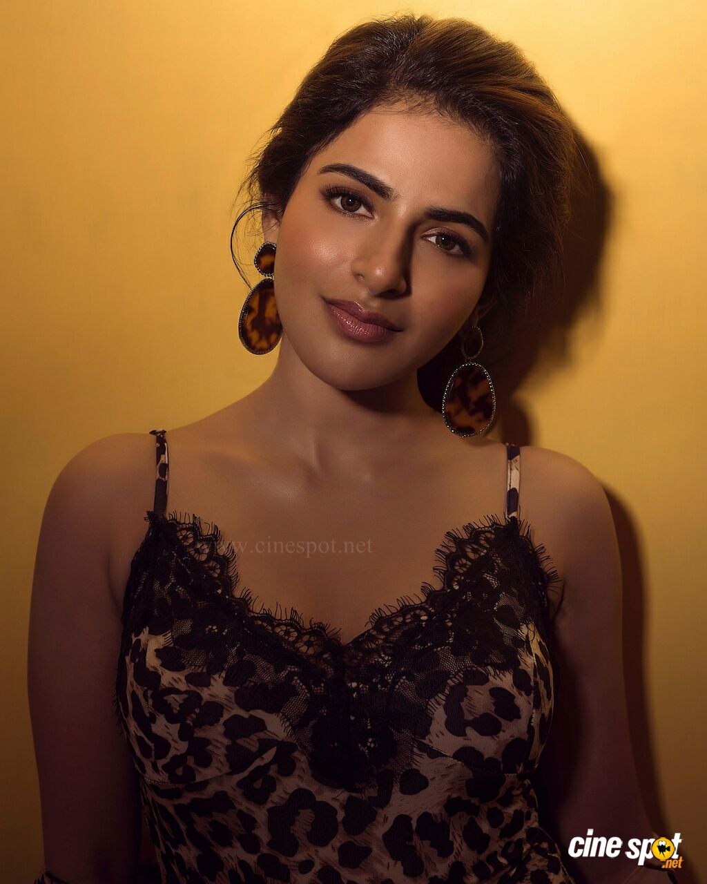 Iswarya Menon Latest Photoshoot Stills (3)