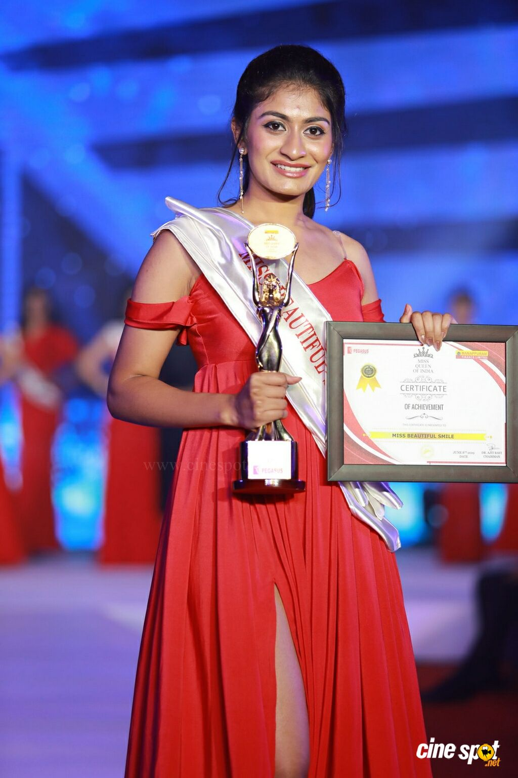 Ms Tanya Sinha from Jharkhand Crowned Manappuram Miss