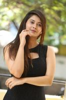 Shraddha Sharma at KS 100 Poster Launch (13)