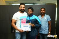 Arun Vijay Meets 20 Award Winning Boxers (11)
