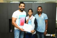 Arun Vijay Meets 20 Award Winning Boxers (12)