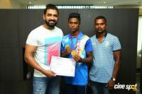 Arun Vijay Meets 20 Award Winning Boxers (4)