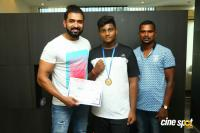 Arun Vijay Meets 20 Award Winning Boxers (5)