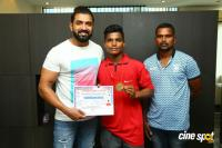 Arun Vijay Meets 20 Award Winning Boxers (6)