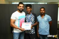 Arun Vijay Meets 20 Award Winning Boxers (7)