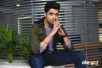 Evaru Hero Adivi Sesh Interview Photos (22)