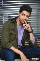 Evaru Hero Adivi Sesh Interview Photos (24)