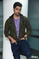 Evaru Hero Adivi Sesh Interview Photos (6)
