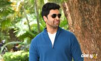 Adivi Sesh at Evaru Movie Success Meet (1)