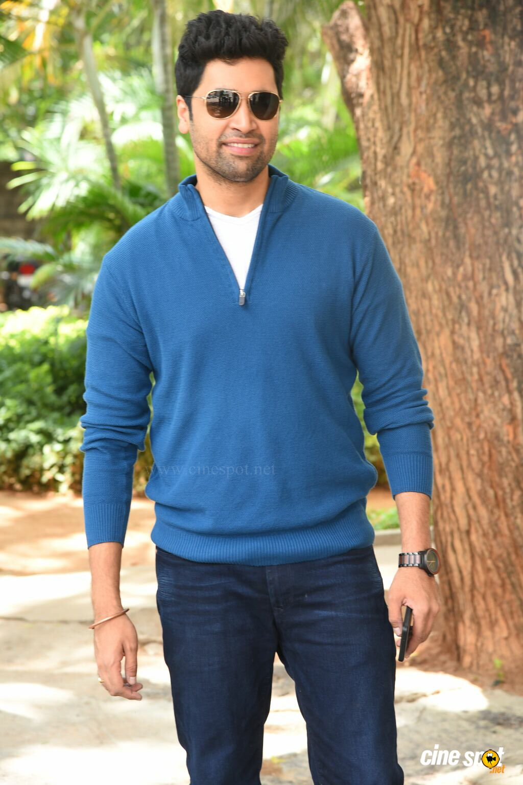Adivi Sesh at Evaru Movie Success Meet (3)