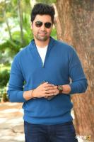 Adivi Sesh at Evaru Movie Success Meet (5)
