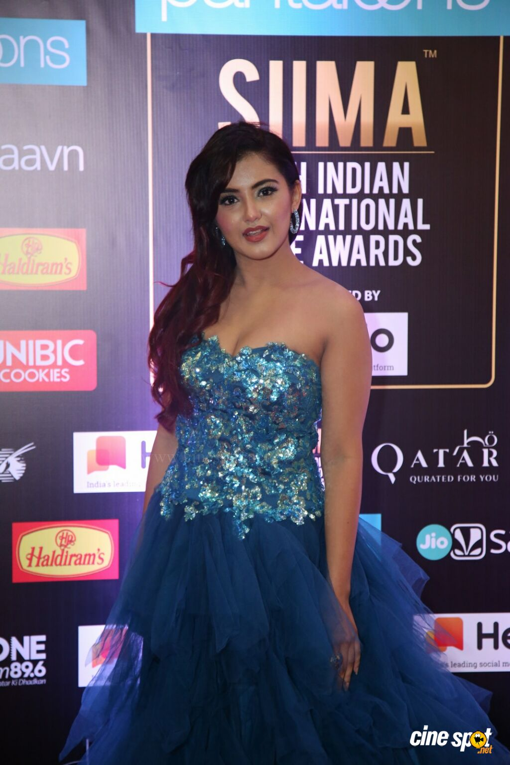 Malvika Sharma at SIIMA 2019 (1)