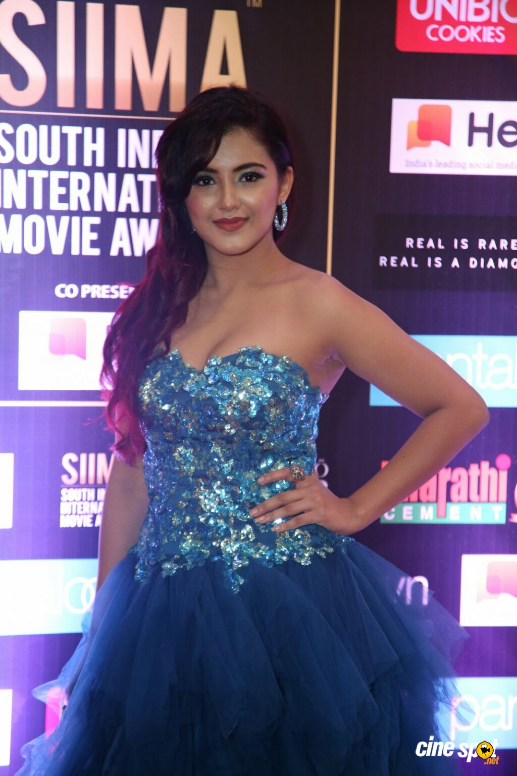 Malvika Sharma at SIIMA 2019 (2)