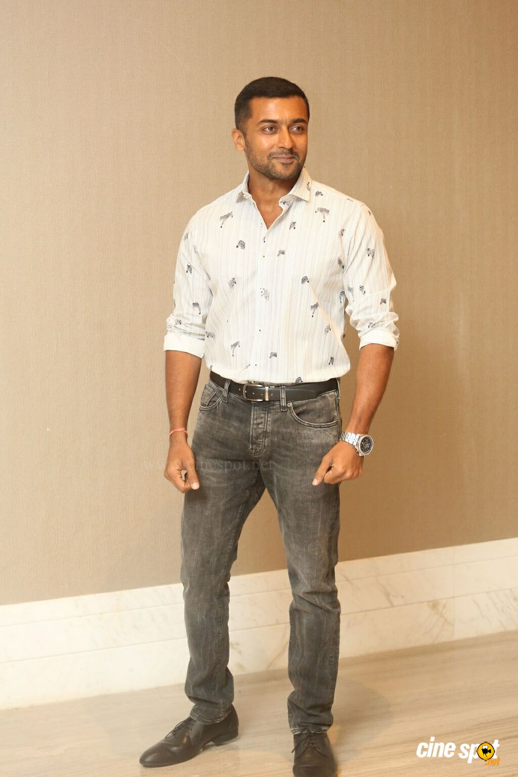 Bandobast Actor Suriya Interview Photos (7)