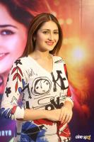 Bandobast Actress Sayesha Saigal Interview Photos (7)