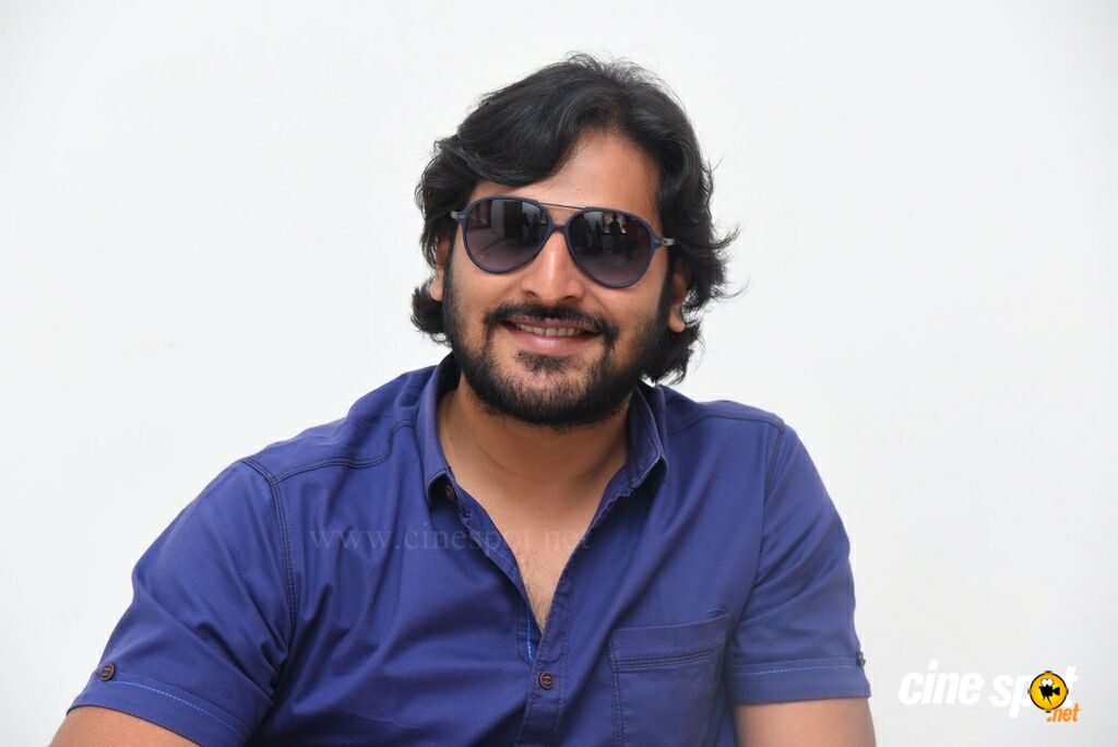 Ninnu Thalachi Movie Hero Vamsi Interview Photos (24)