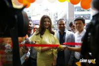 Kajal Aggarwal Launches Happi Mobiles Store At Vizag Photos