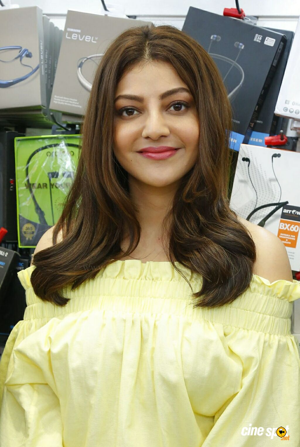 Kajal at Happi Mobiles Store Launch (4)