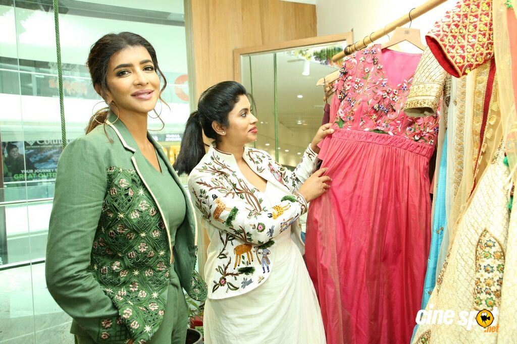 Endless Knot Handloom Store Launch (24)