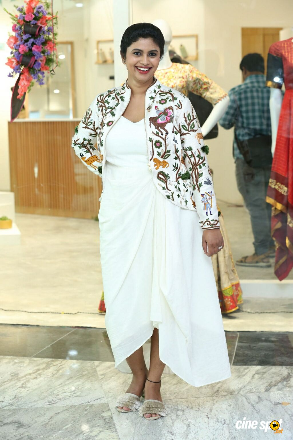 Endless Knot Handloom Store Launch (7)