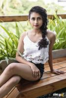 Operation Gold Fish Heroine Nithya Naresh Photoshoot (8)