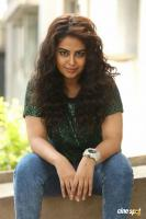 Raju Gari Gadhi 3 Actress Avika Gor Interview Photos (57)