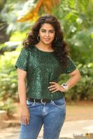 Raju Gari Gadhi 3 Actress Avika Gor Interview Photos (6)