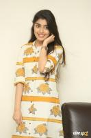 Evvarikee Cheppoddu Actress Gargeyi Yellapragada Interview Photos (14)