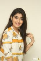 Evvarikee Cheppoddu Actress Gargeyi Yellapragada Interview Photos (22)