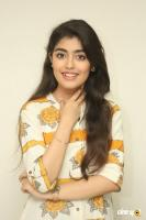 Evvarikee Cheppoddu Actress Gargeyi Yellapragada Interview Photos (37)