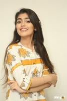 Evvarikee Cheppoddu Actress Gargeyi Yellapragada Interview Photos (39)