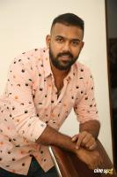 Hero Tharun Bhascker Dhaassyam Interview Photos (14)