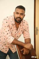 Hero Tharun Bhascker Dhaassyam Interview Photos (16)