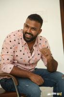 Hero Tharun Bhascker Dhaassyam Interview Photos (21)