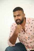 Hero Tharun Bhascker Dhaassyam Interview Photos (26)