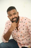 Hero Tharun Bhascker Dhaassyam Interview Photos (27)