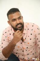 Hero Tharun Bhascker Dhaassyam Interview Photos (29)