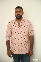 Hero Tharun Bhascker Dhaassyam Interview Photos (3)