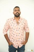 Hero Tharun Bhascker Dhaassyam Interview Photos (6)