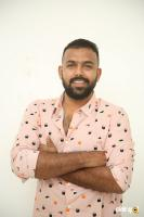 Hero Tharun Bhascker Dhaassyam Interview Photos (7)