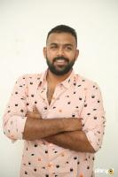 Hero Tharun Bhascker Dhaassyam Interview Photos (8)