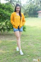 Mannara Chopra at Hi 5 Shooting Coverage Press Meet (25)