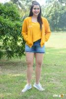 Mannara Chopra at Hi 5 Shooting Coverage Press Meet (29)