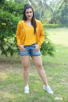 Mannara Chopra at Hi 5 Shooting Coverage Press Meet (32)
