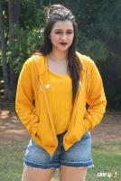 Mannara Chopra at Hi 5 Shooting Coverage Press Meet (38)