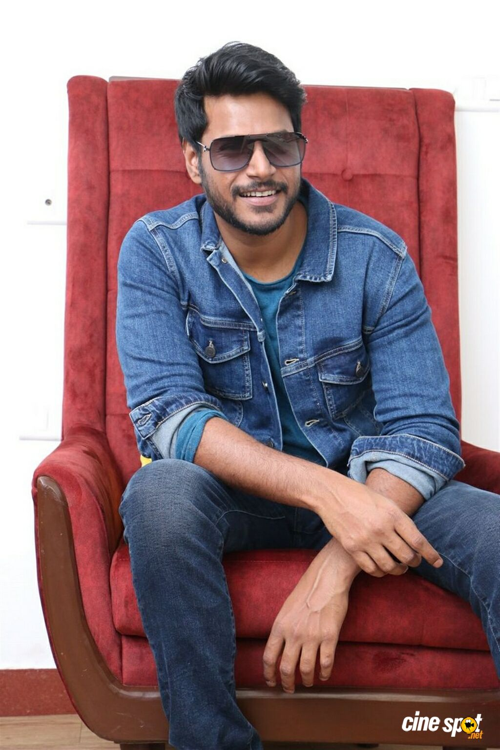 Tenali Ramakrishna BA BL Hero Sundeep Kishan Interview Photos (5)